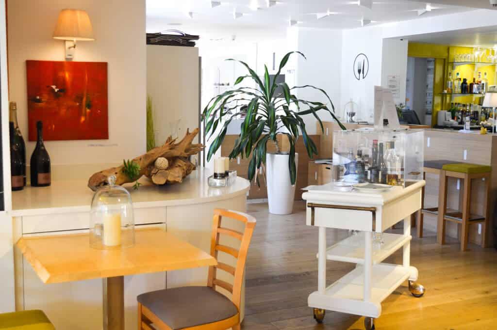 villa-flornoy-photo-detail-restaurant-2